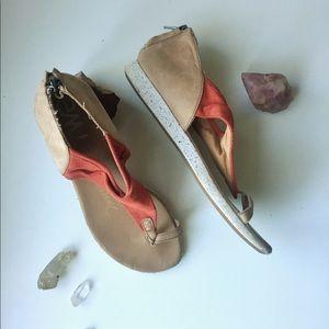 Emu canvas sandals